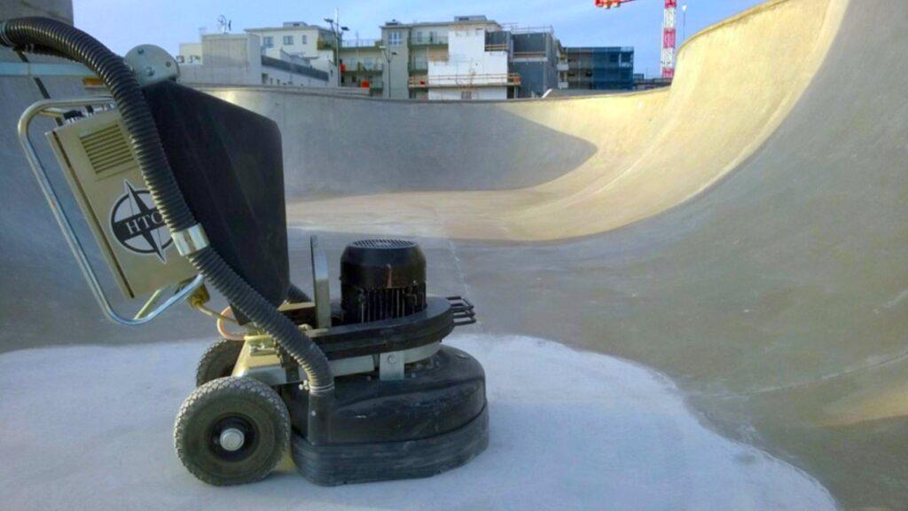KOMSOL-Half-Pipe-Skate-Board-Versiegelung