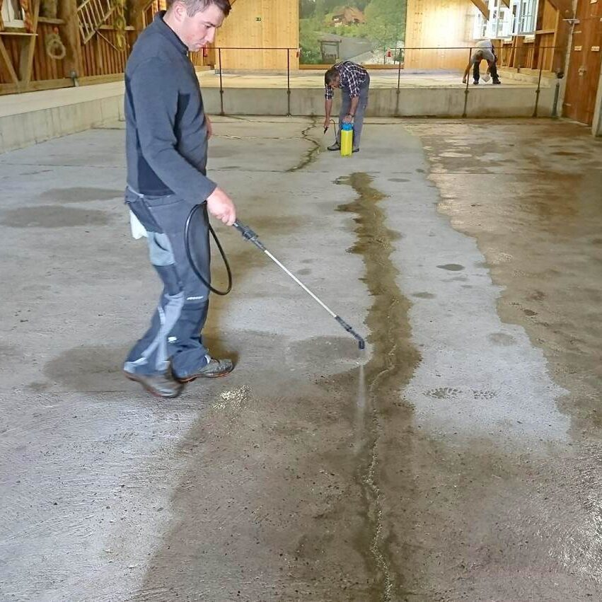 komsol controll innerseal plus Risse Beton alter strapazierter Beton behandeln