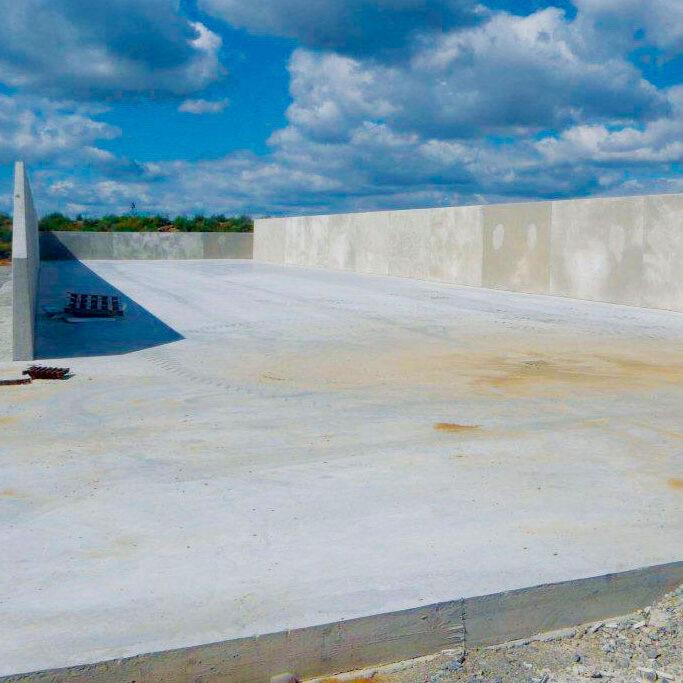 komsol-landwirtschaft-betonboden-stallung-stall-schutz-versiegeln-reinigen bunker