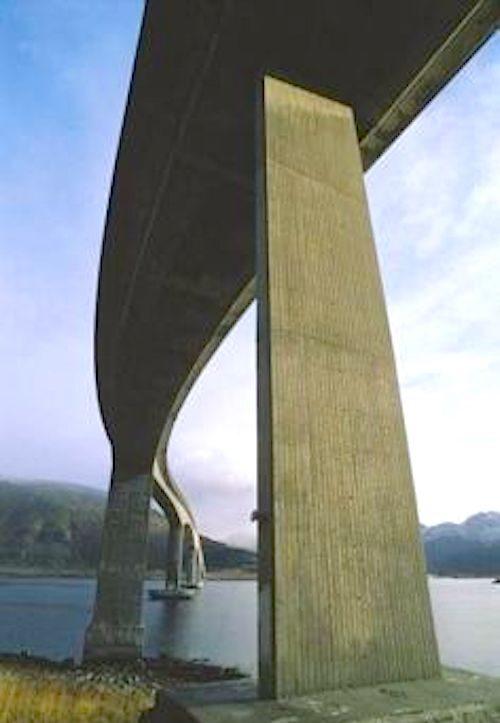Bruecke komsol innerseal sanierung versiegelung beton seitenteile sockel pfeiler 4