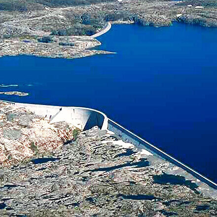komsol Innerseal Kraftwerke Atomkraftwerke Kohlekraftwerke Wasserkraftwerke Beton versiegeln oekologisch ungiftig dauerhaft geld sparen blog Staudamm-Forrevass
