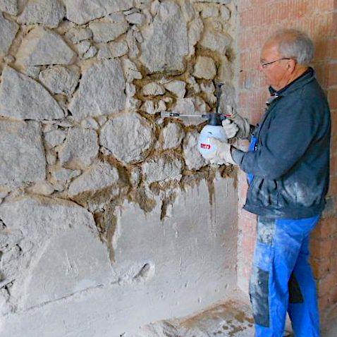 Komsol innerseal keller Bruchsteinwand versiegeln abdichten Hydrophobieren Feuchtigkeitssanierung frostsicher altbau handwerker