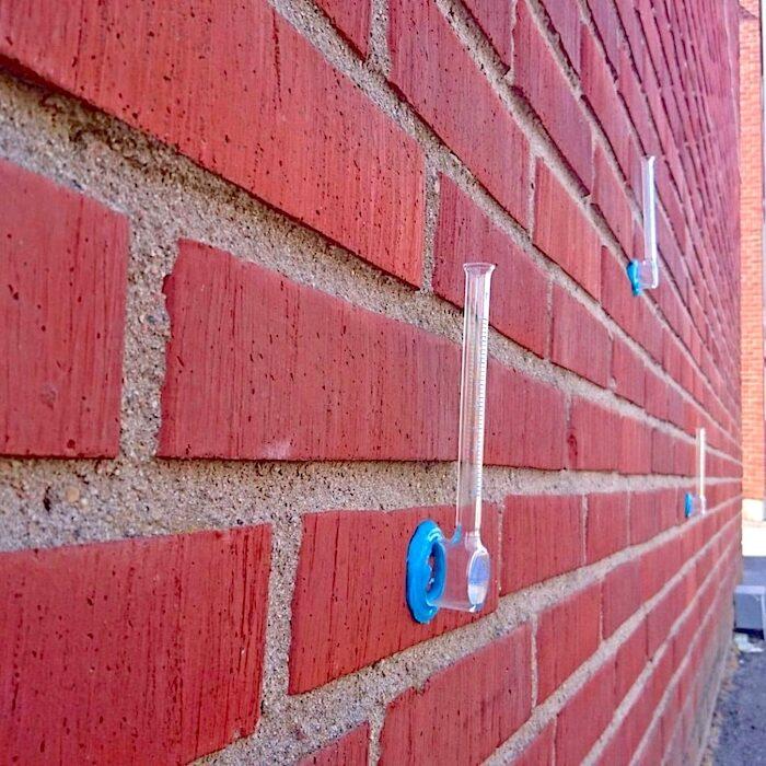 komsol Karsten Pruefung Beton Wassereindringen Karstensches Roehrchen Wassereindringpruefer Wassereindringtest Fassade