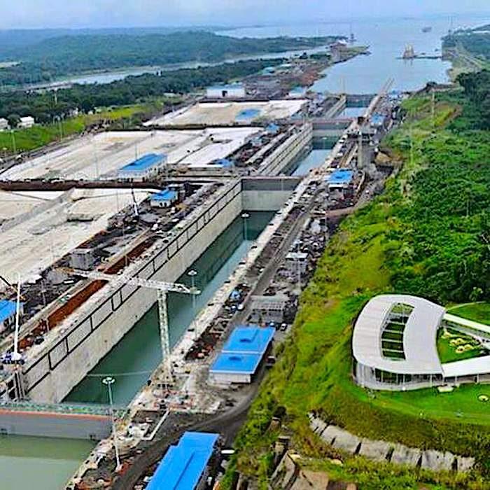 komsol Panamakanal Schleusen Kanaele Schleusenkammern Betonwaende Salzwasser Suesswasser Innerseal Schleusenwaende