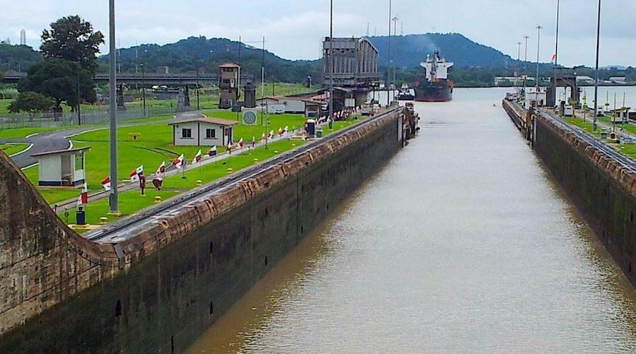 komsol Panamakanal Schleusen Kanaele Schleusenkammern Betonwaende Salzwasser Suesswasser Innerseal