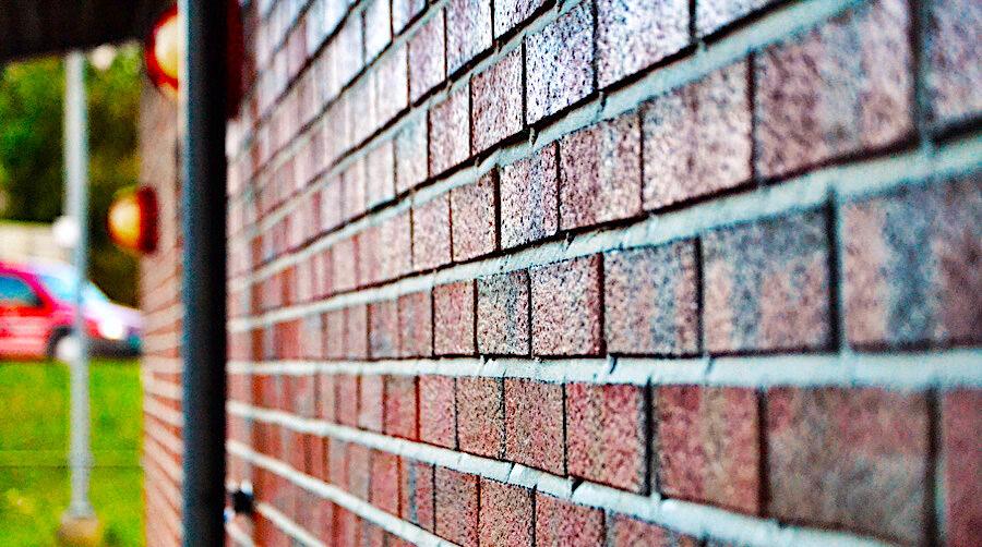 komsol innerseal topseal Fassaden Daecher Kalksandstein Beton Ziegel Putz dauerhaft versiegeln Schutz Wasser Chloride Deutschland