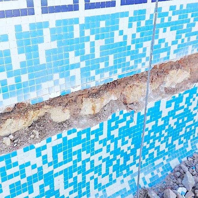 komsol Innerseal Schwimmbaeder Schwimmhallen Wasseraufbereitung Mosaikstein Fugen Mosaik Risse Reparatur