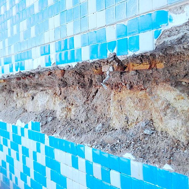 komsol Innerseal Schwimmbaeder Schwimmhallen Wasseraufbereitung Mosaikstein Fugen Mosaik Risse ausbesserung