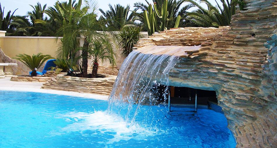 komsol Innerseal Schwimmbaeder Schwimmhallen Wellnessbereiche Wasseraufbereitung Algenbildung Pilzbildung
