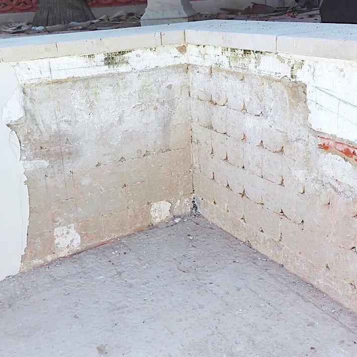 komsol Innerseal Schwimmbaeder Schwimmhallen Wellnessbereiche Wasseraufbereitung Mosaikstein Fugen Untersuchung