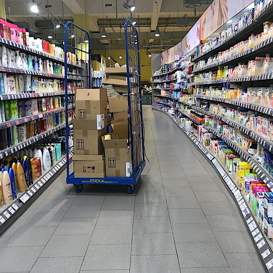 komsol innerseal Betonboeden Grossmaerkte Supermaerkte Einzelhandel Bakterien Keime Schutz Versiegeln Beschichtung Handel Tankstelle Discounter Drogerie