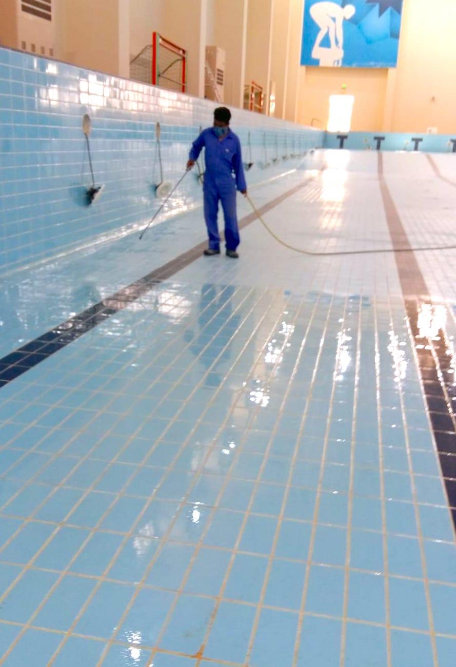 komsol innerseal schwimmbaeder schwimmbecken schwimmbad versiegeln dicht Hallenbad 2 katar