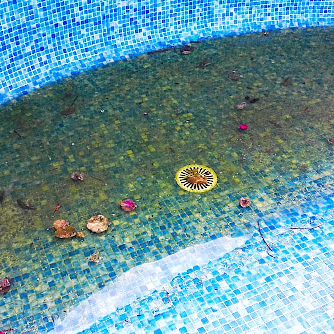 komsol innerseal schwimmbaeder schwimmbecken schwimmbad versiegeln dicht abflussrohr aussen