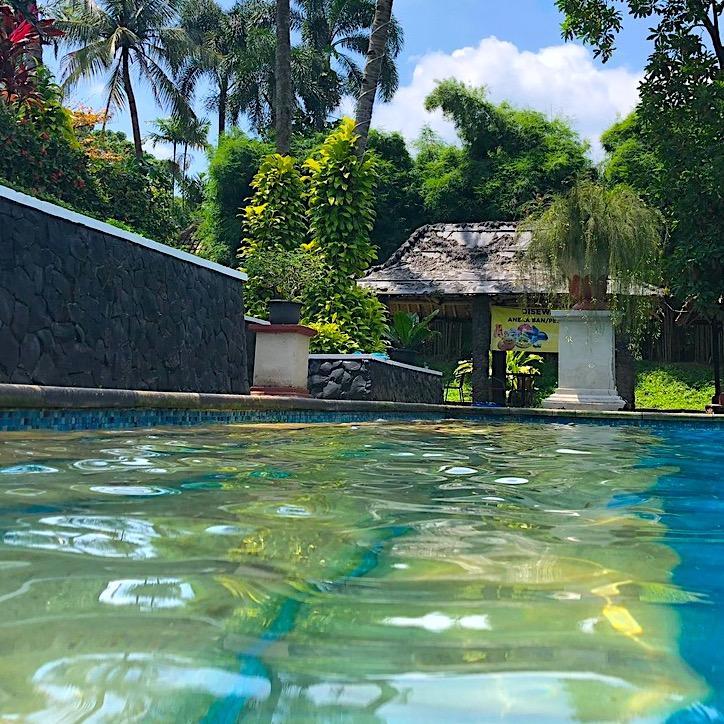 komsol innerseal schwimmbaeder schwimmbecken schwimmbad versiegeln dicht trocken club aussen