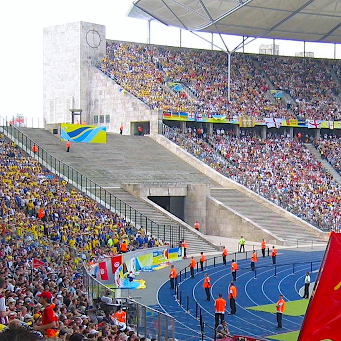 komsol Innerseal Stadion Tribuenen Fußballstadion Betontreppen Sitzflaechen versiegeln besucher