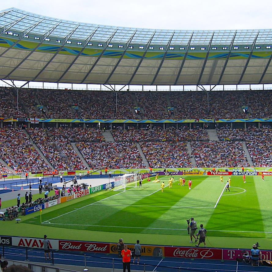 komsol Innerseal Stadion Tribuenen Fußballstadion Betontreppen Sitzflaechen versiegeln