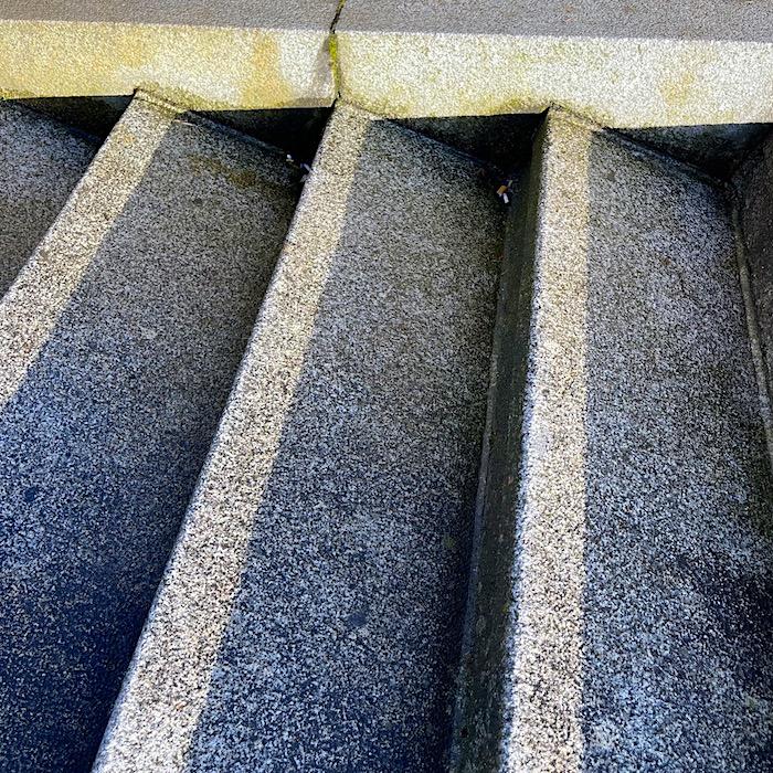 komsol Innerseal Stadion Tribuenen Fußballstadion Betontreppen versiegeln besucher Treppen 3