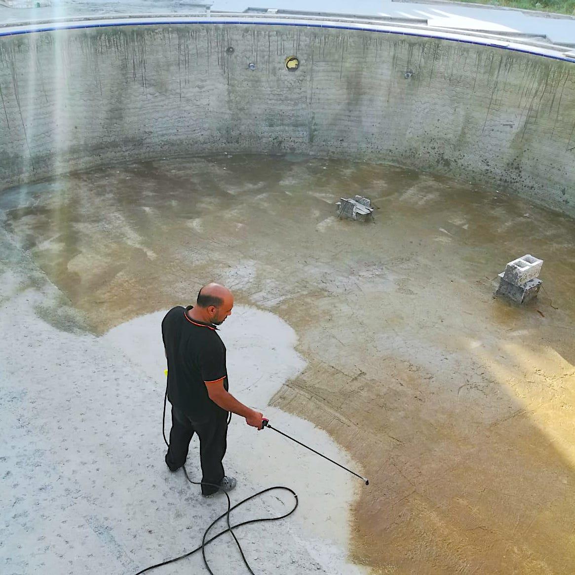 komsol Dubai sanierung schwimmbad schwimmbaeder topseal innerseal abdichten leck fliesen